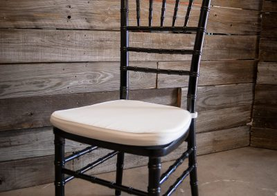 Wood Expresso Chiavari Chair w: Ivory Cushion