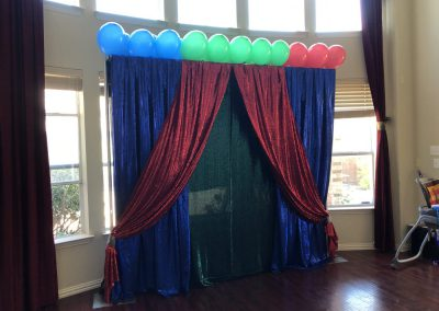 Pipe & Drapes | Blue & Red Drapes With Ballons